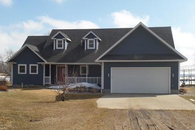Single Family Home For Sale: 33918 Hyde Lane