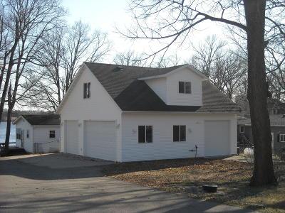 Single Family Home For Sale: 15571 Maple Ridge Road