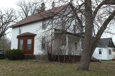 Mahnomen Single Family Home For Sale: 501 1st Street NW
