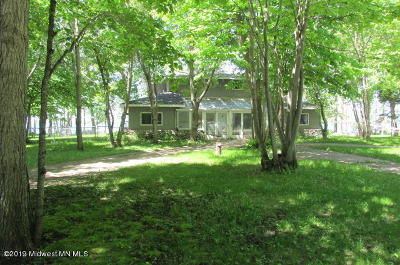 Single Family Home For Sale: 11688 Ravenswood Beach Road