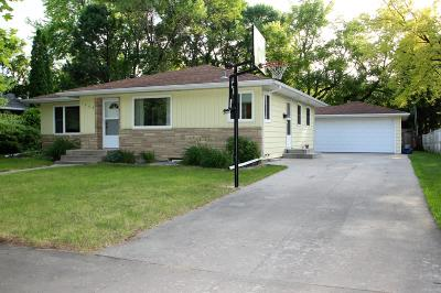 Moorhead Single Family Home For Sale: 1209 16th Street S