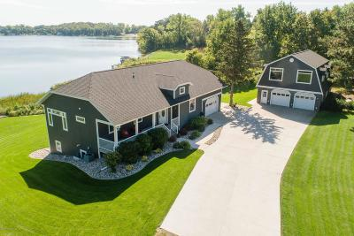 Single Family Home For Sale: 1802 Shoreview Drive