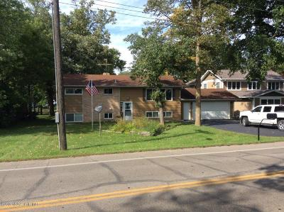 Single Family Home For Sale: 1026 W Lake Drive