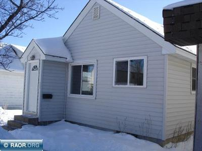 Hibbing, Chisholm Single Family Home For Sale: 225 SW 1st St