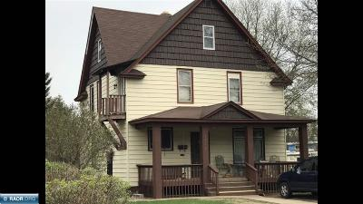 Hibbing, Chisholm Single Family Home For Sale: 3722 E 3rd Ave