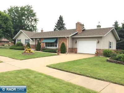 Hibbing, Chisholm Single Family Home For Sale: 1305 E 18th Street