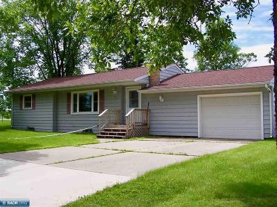 Koochiching County Single Family Home Seller Taking B/Up Offers: 113 Terrace Lane