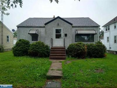 Hibbing, Chisholm Single Family Home For Sale: 3012 6th Ave E