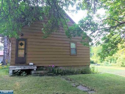 Koochiching County Single Family Home For Sale: 1116 1st Avenue E