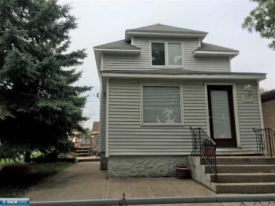Hibbing, Chisholm Single Family Home For Sale: 3221 1st Ave