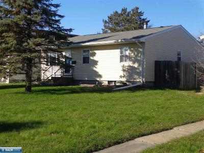 Hibbing, Chisholm Single Family Home For Sale: 10 NE 9 1/2 Street