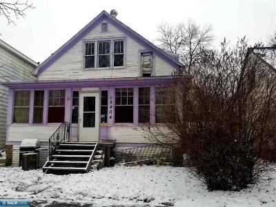 Hibbing, Chisholm Single Family Home For Sale: 2404 4th Ave E
