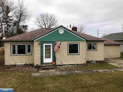 Koochiching County Single Family Home For Sale: 1832 W Second Avenue
