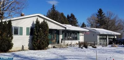 International Falls MN Single Family Home For Sale: $148,000