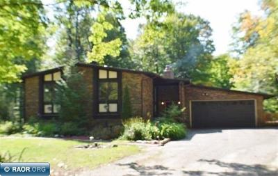 Single Family Home For Sale: 1741 Oakdale Dr