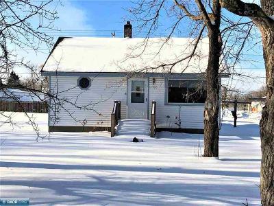 Koochiching County Single Family Home For Sale: 1506 1st Avenue E