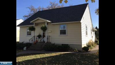 Hibbing, Chisholm Single Family Home For Sale: 317 NW 9th Street