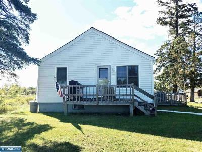 Koochiching County Single Family Home For Sale: 3375 Hwy 53
