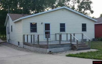 Single Family Home Sold: 113 Plainview Street
