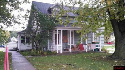 Single Family Home Sold: 210 E Front Street