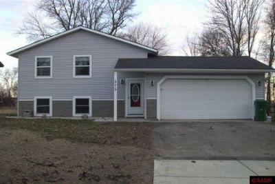 Single Family Home Sold: 515 W Front