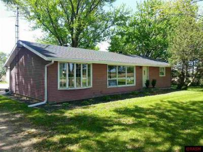 Waseca MN Single Family Home Sold: $160,000