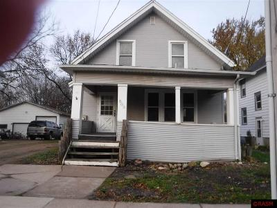 Single Family Home For Sale: 503 NW 2nd St