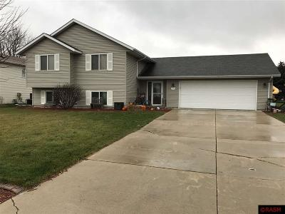 Waseca MN Single Family Home Sold: $215,000