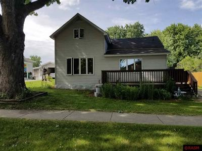 Single Family Home For Sale: 314 W 3rd