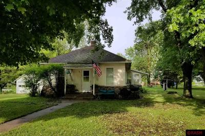 Single Family Home For Sale: 707 N Main