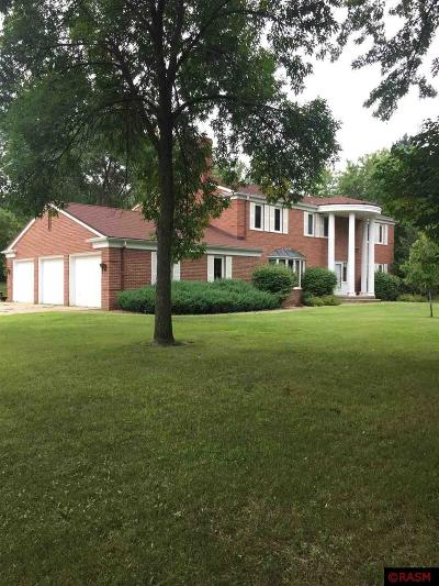 St. Peter MN Single Family Home For Sale: $375,000