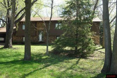 Blue Earth County, Le Sueur County, Rice County, Steele County, Waseca County Single Family Home For Sale: 453 Cedar Circle