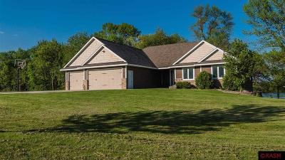 Blue Earth County, Le Sueur County, Rice County, Steele County, Waseca County Single Family Home For Sale: 23967 Dogwood Lane