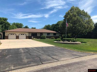 Blue Earth County, Le Sueur County, Rice County, Steele County, Waseca County Single Family Home Contngnt-Property Sale: 320 Hensonshire Dr