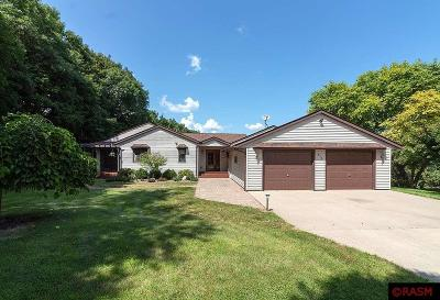 Blue Earth County, Le Sueur County, Rice County, Steele County, Waseca County Single Family Home For Sale: 616 Riverdale Road