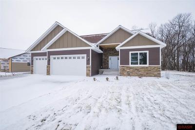 Blue Earth County, Le Sueur County, Rice County, Steele County, Waseca County Single Family Home For Sale: 312 Oak Marsh Drive