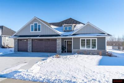 Blue Earth County, Le Sueur County, Rice County, Steele County, Waseca County Single Family Home For Sale: 117 Creekside Drive