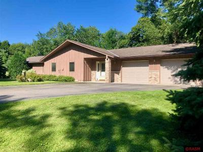 Cleveland Single Family Home For Sale: 46463 Cape Horn Road