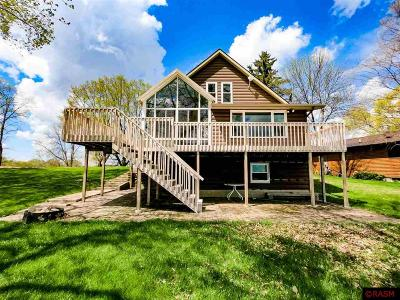 Blue Earth County, Le Sueur County, Rice County, Steele County, Waseca County Single Family Home For Sale: 2132 Limberdink Road