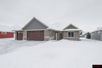 Blue Earth County, Le Sueur County, Rice County, Steele County, Waseca County Condo/Townhouse Contngnt-Other: 105 Woodhill Trail