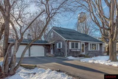 Blue Earth County, Le Sueur County, Rice County, Steele County, Waseca County Single Family Home For Sale: 31 Skyline Drive