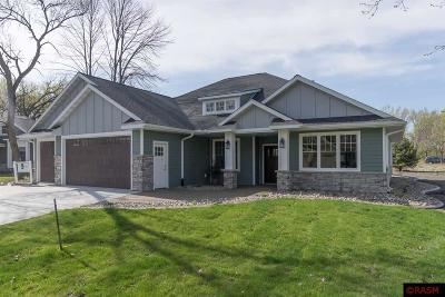 Blue Earth County, Le Sueur County, Rice County, Steele County, Waseca County Single Family Home For Sale: 132 Oak Marsh Drive