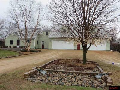 Blue Earth County, Le Sueur County, Rice County, Steele County, Waseca County Single Family Home For Sale: 119 Tami Ln