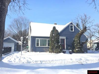 St. Peter MN Single Family Home Contngnt-Home Inspection: $164,000