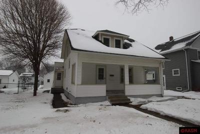 North Mankato MN Single Family Home For Sale: $172,500