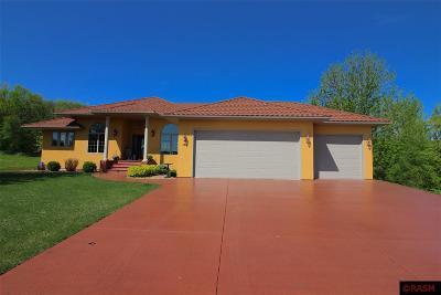 Elysian MN Single Family Home For Sale: $489,000