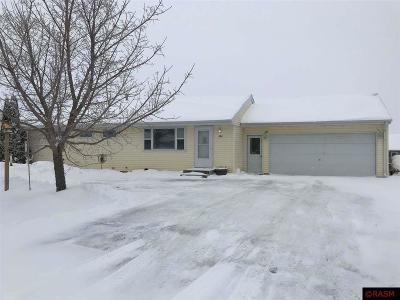 Mapleton MN Single Family Home For Sale: $159,000