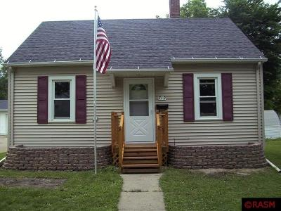 St. Peter MN Single Family Home Contngnt-Home Inspection: $154,900