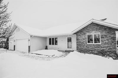 Mankato MN Single Family Home For Sale: $355,000