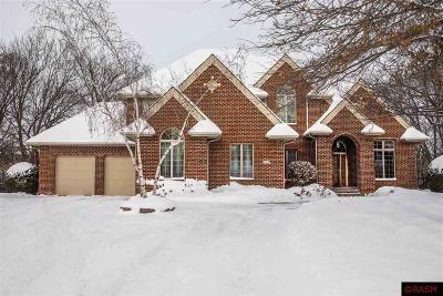 North Mankato MN Single Family Home For Sale: $730,000